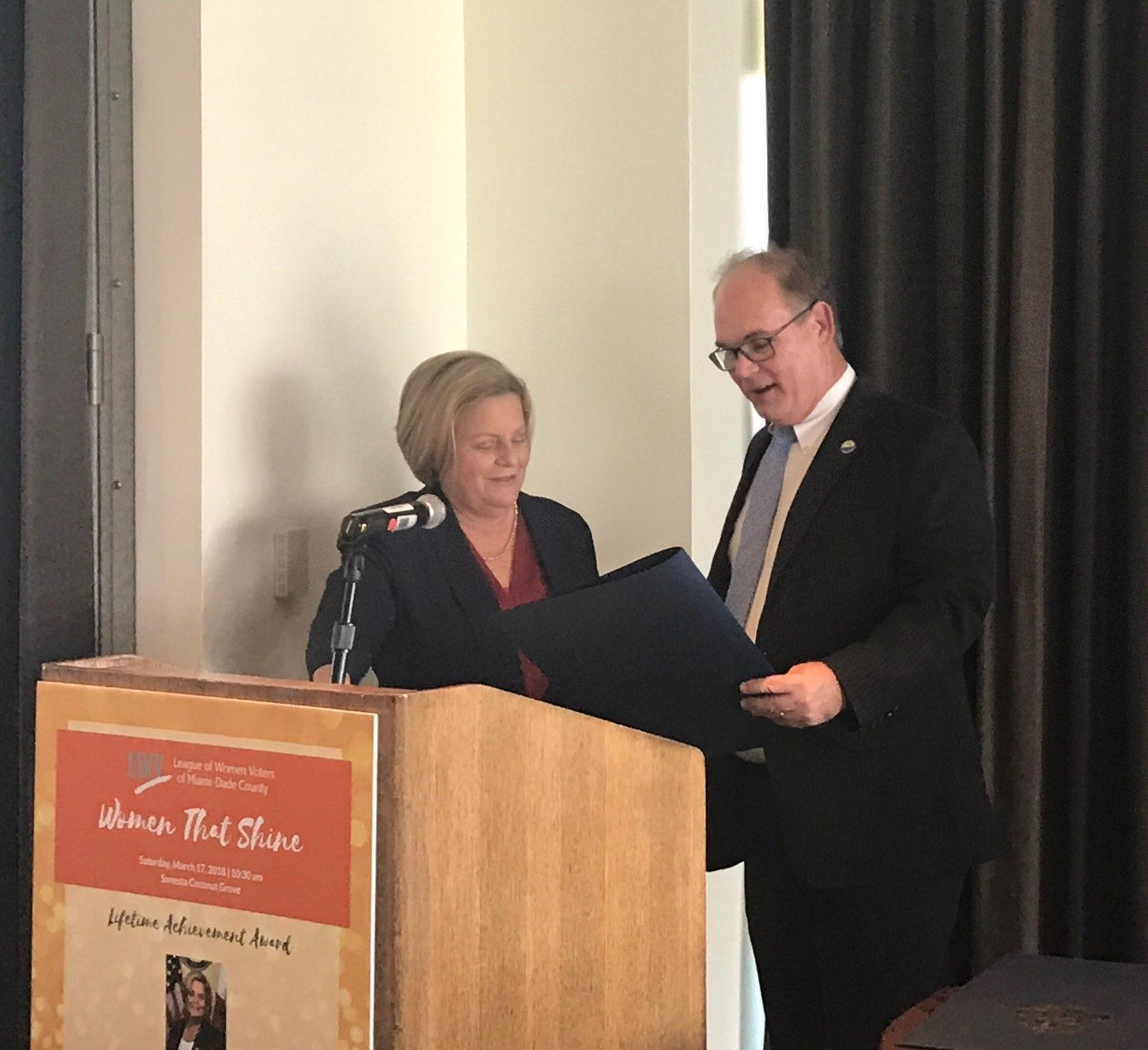 Mayor Awards Ileana Ros-Lehtinen